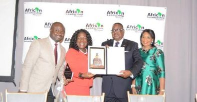 Mutharika receiving the undserved award