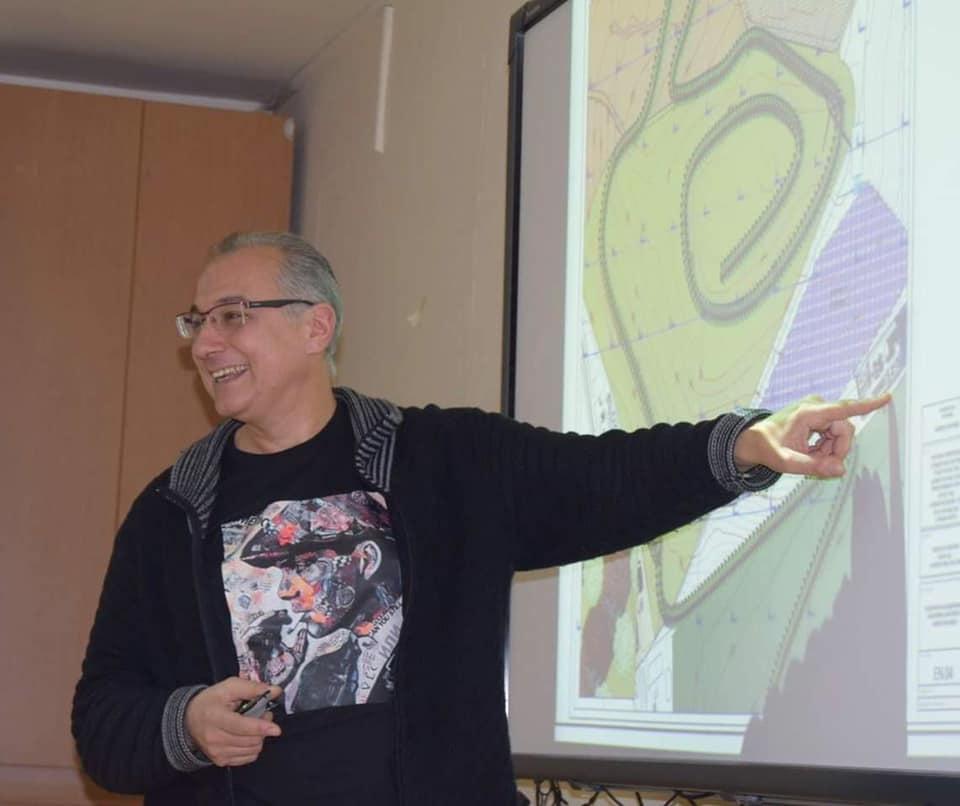 Antonis Mavropoulo
